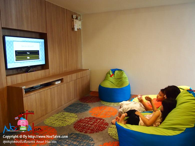 เครื่องเกมส์ Wii คุณลูกสาวโปรดปรานเล่นไม่ยอมเลิก (รีวิวรูปภาพ สุขสนุกต้อนรับซัมเมอร์ Amari Hua Hin - หนูตะลอน)